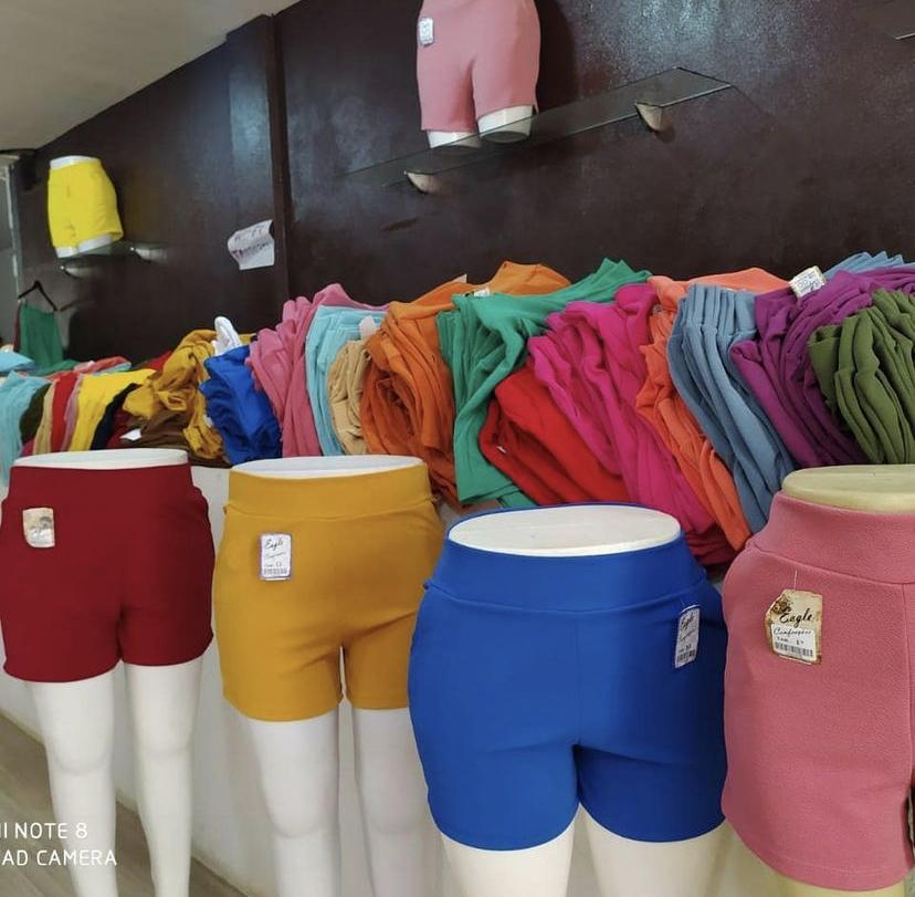 Shorts plus size, diversas estampas